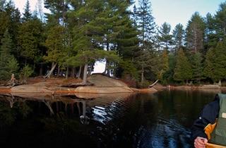 Burnt_Island_Lake.jpg