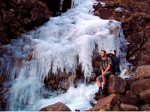 Ice_climbing_in_Drakensberg_Francois_Swanepoel_520_390auto_s_c1_center_center.png
