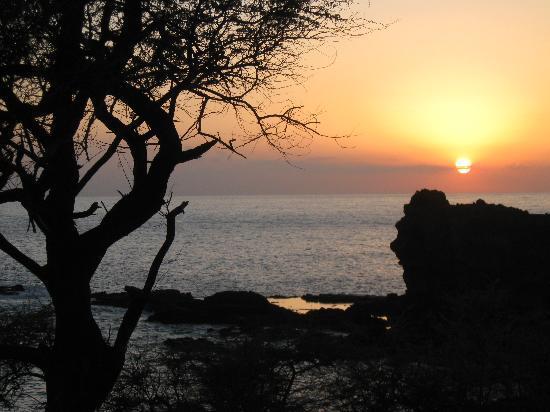 sunset-from-remote-kaunolu.jpg