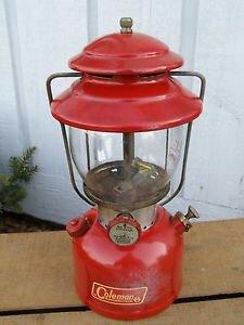 vintage-1966-coleman-model-200a-red-lantern-single-mantle-camping-lamp_1801797.jpeg